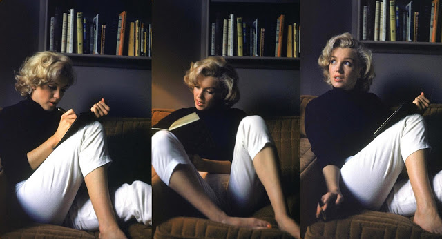 Marilyn_Monroe_reading_and_writing